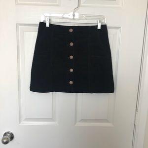 Black forever 21 corduroy skirt. Size: M